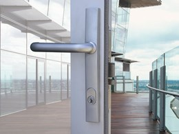 front commercial door lock changed by local mobile locksmith keysborough