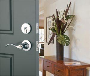 new door lock by locksmith canterbury