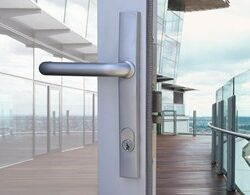 commercial lock by locksmith oakleigh