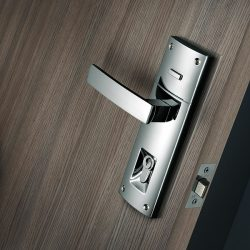 changed door lock by locksmith kallista